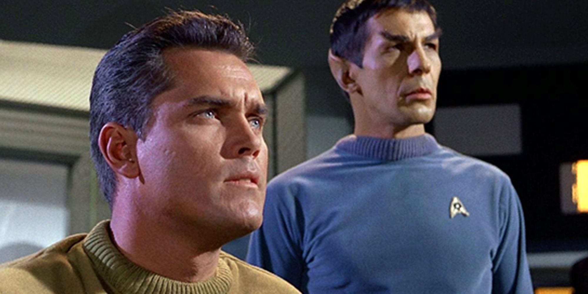 Star Trek: Why Captain Kirk Replaced Captain Pike | CBR