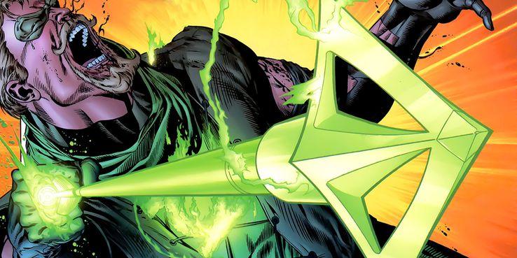 Green Arrow shooting a Green Arrow with Green Lantern Ring - Veinte armas DC que podrían herir o matar a Superman