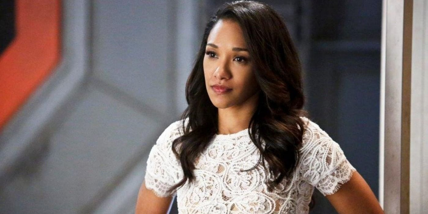 The Flash's Next Episode Promo Sees Iris Explore Her Mirror-Dimension Prison