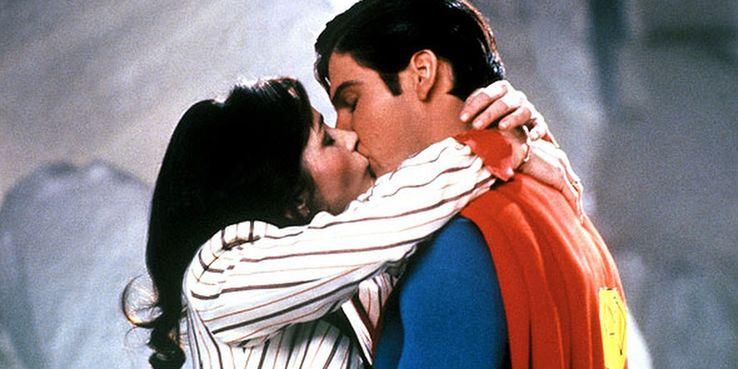 7 kiss Cropped - 10 superpoderes que todos hemos olvidado que tiene Superman