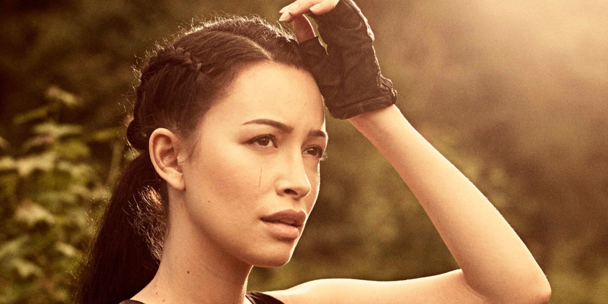 The Walking Dead Debuts First Photos Name Of Rosita S Baby